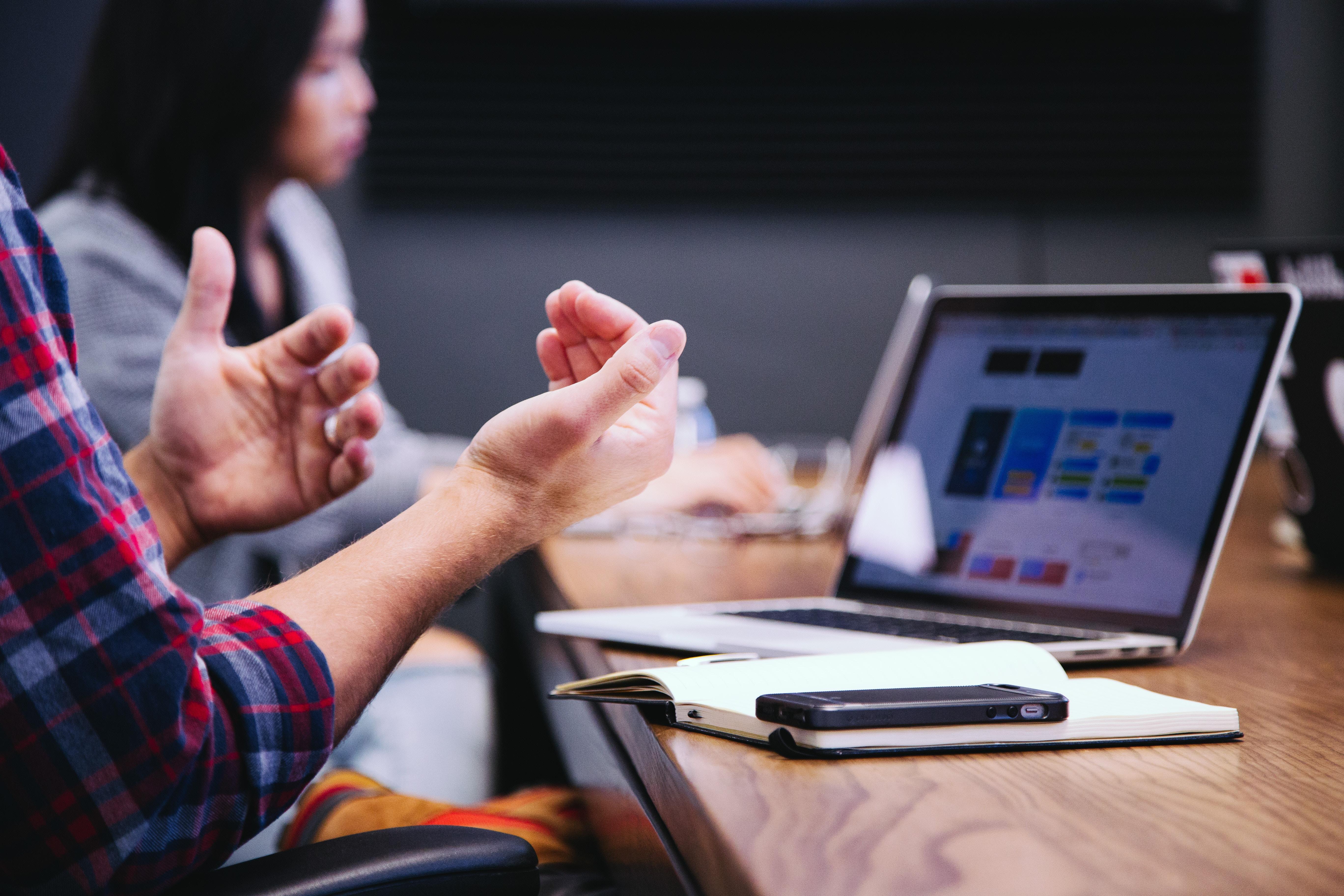 4 pilares para crear ventaja competitiva en tu negocio
